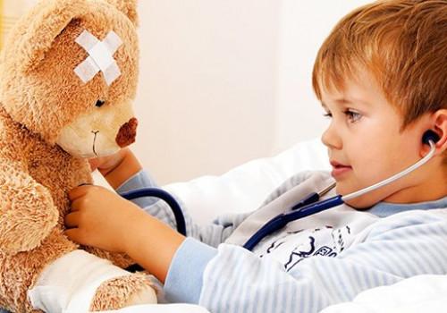 Ochrona dziecka przed infekcją, gdy chorują domownicy